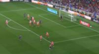 Imagen: VÍDEO | Gerard Piqué pone las tablas con un cabezazo soberbio