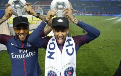 Imagen: Dani Alves recuerda cuál es la clave para ver al mejor Neymar