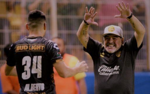 Imagen: Maradona desata el furor en México con este nuevo baile en el vestuario
