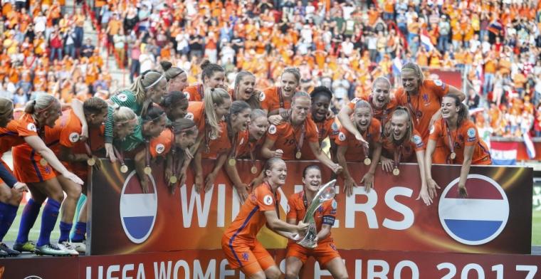Oppermachtig Oranje verslaat Denemarken en mag dromen van WK