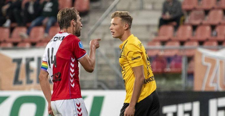 Van Hooijdonk keurt debuterende zoon goed: 'Geen schandalige schwalbe'