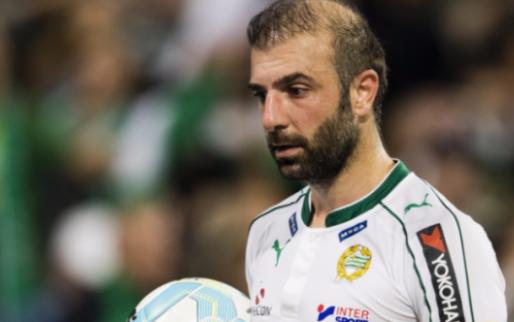 Afbeelding: Bakircioglu vangt biertje en gaat viral: 'Mijn ploeggenoten hadden niets door'