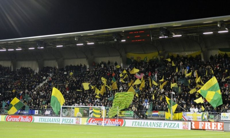 Afbeelding: 'Ajax-fans zijn al 12 jaar niet welkom, laten we daar minstens 112 jaar van maken'