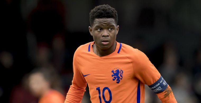 Mulder verwacht veel van zeventienjarige Oranje-goalgetter: Hartstikke goed