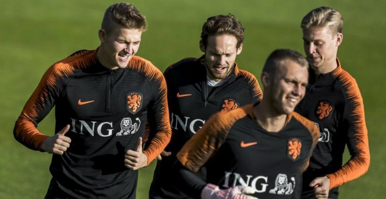 Cillessen praat met De Ligt en De Jong over Barcelona: Overmars is in charge
