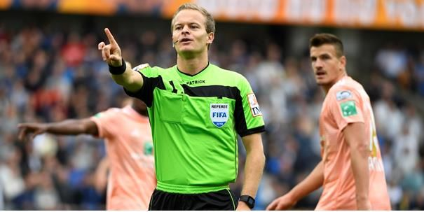 'Referee Office grijpt drastisch in na schandaal, ex-scheidsrechter haalt uit'