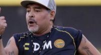 """Imagen: La decadencia de Maradona: """"Ya no tiene cartílagos en sus rodillas"""""""