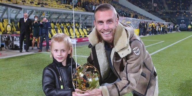 Heerlijk interview met Rutjes junior: 'Papa beter dan Messi? Dat ligt eraan...'