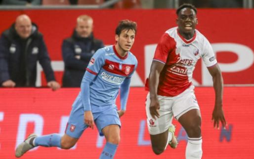 Afbeelding: Zwak Utrecht laat zich naar slachtbank leiden door FC Twente