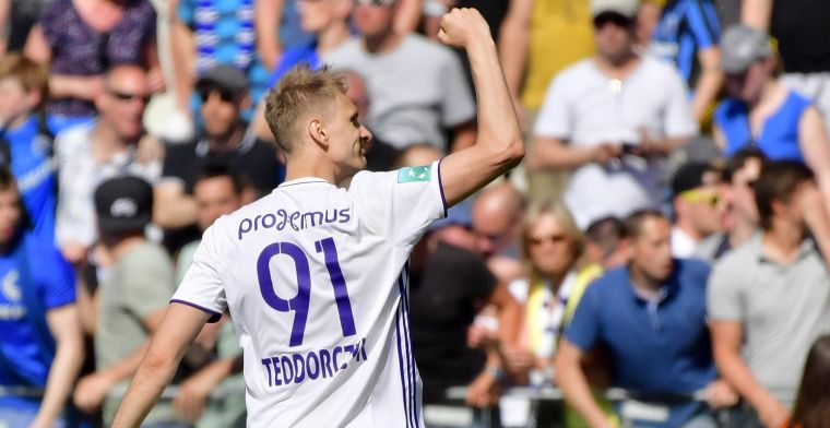 Floptransfer dreigt voor Teodorczyk, nul doelpunten én onder het mes
