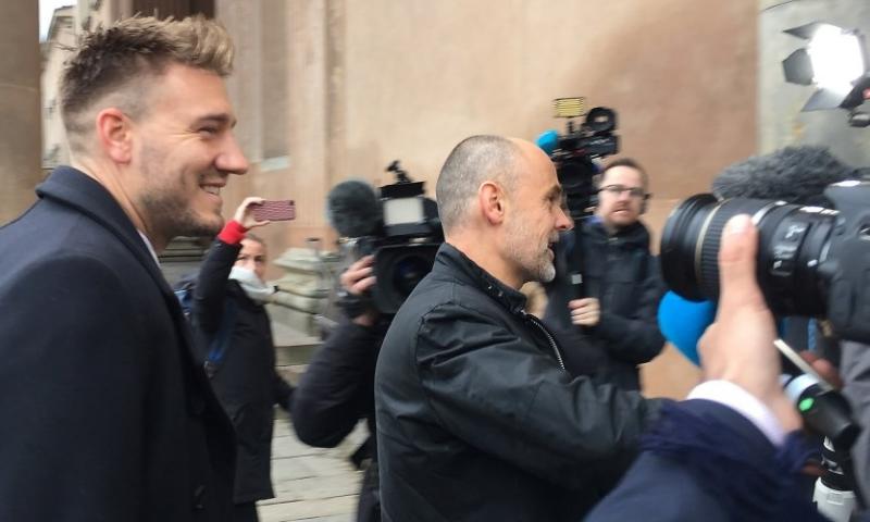 Afbeelding:  Update: Bendtner laat hoger beroep varen en moet vijftig dagen de cel in