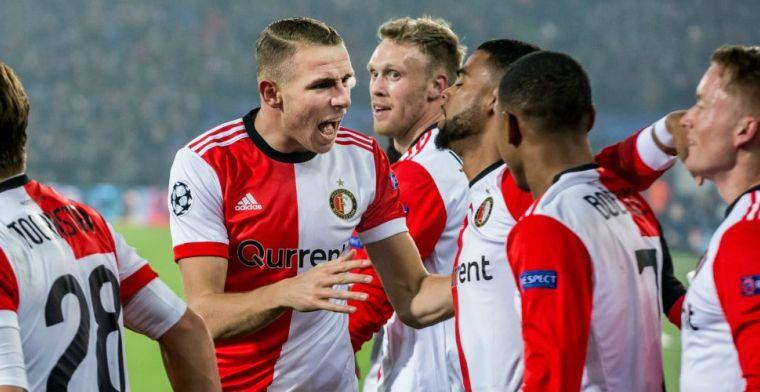 Van Beek zet handtekening onder nieuw contract: 'Blijf hard werken'