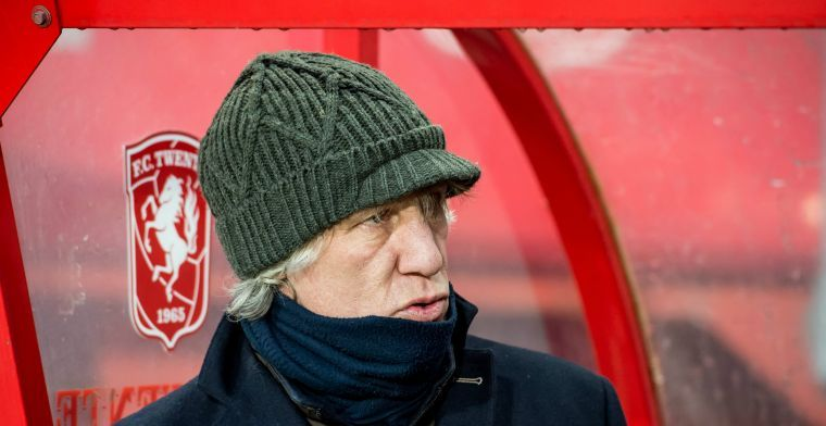 'Ontslagen trainers Twente nog altijd doorbetaald: salarisverhoging voor Verbeek'