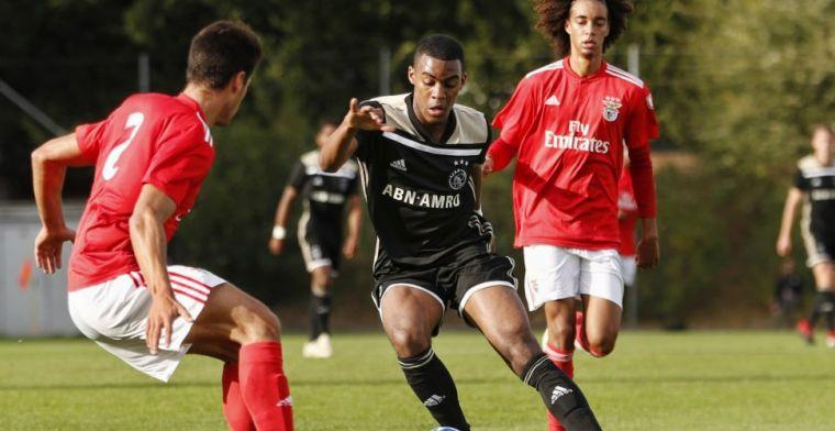 Ajax O19 geeft overwinning weg in Youth League, maar blijft koploper