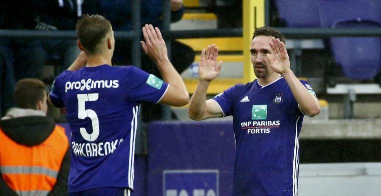 Anderlecht mag Kums bedanken, AA Gent eindigt met negen man