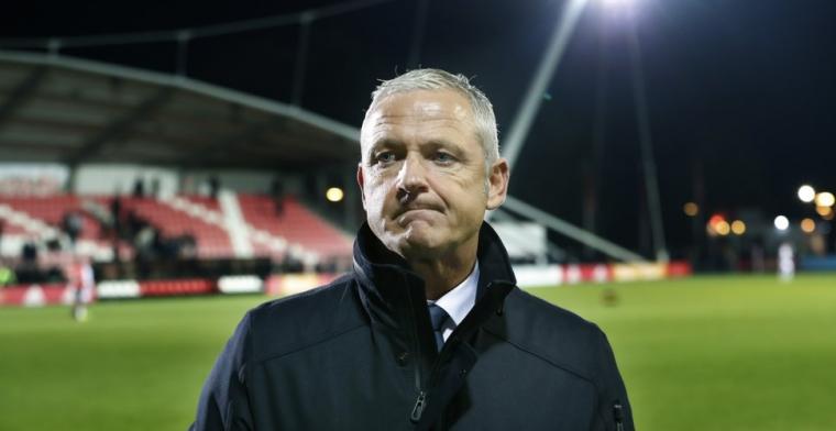'NEC wil mentor voor De Gier aanstellen, TD onder druk na vijftien (!) transfers'
