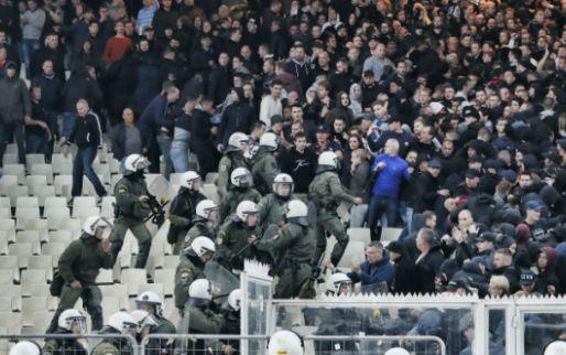 Afbeelding: Ajax-fans doen verhaal: 'Er hadden wel tien mensen in de hens kunnen staan'