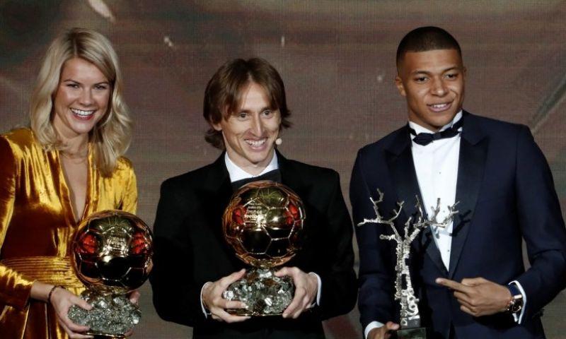 Afbeelding: Modric ziet 'overwinning voor het voetbal': 'Sneijder had 'm ook kunnen winnen'