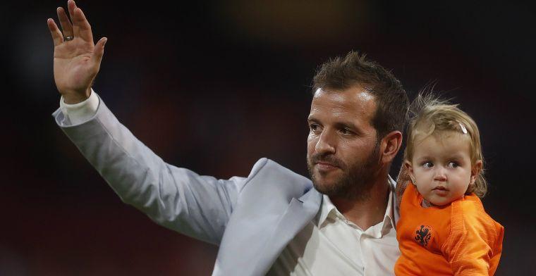 Lachende Van der Vaart: 'Ik zei tegen Ramos: gaat niet gebeuren, wegwezen'