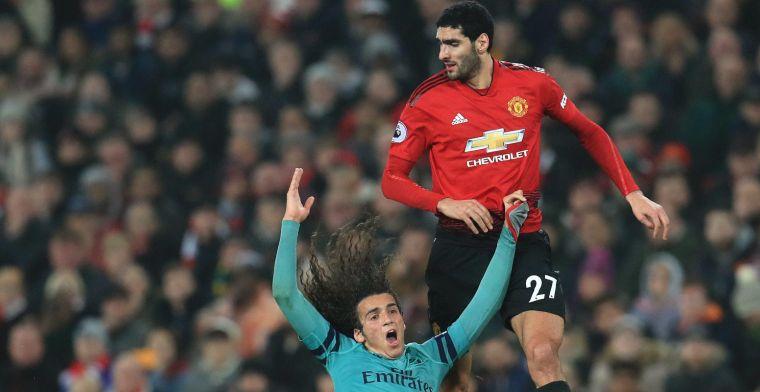 """Emery kan wel lachen met haren-incident van Fellaini: """"Knip het af"""""""