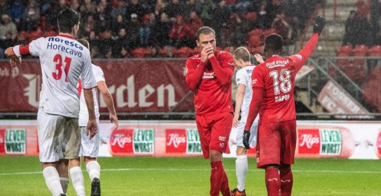 Schenk komt niet aan de bak bij FC Twente: Het valt heel erg tegen