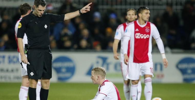 Ajax wacht af voor Bayern-thuis: Van de Beek en Onana al voor de rust gewisseld