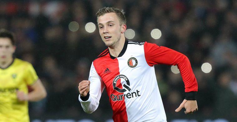 LIVE-discussie: Van Persie waagt zich niet aan kunstgras, debutant bij Feyenoord
