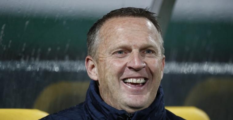 Update: Blunder van formaat van Egbers bij Studio Voetbal: 'Brom was 'bron''