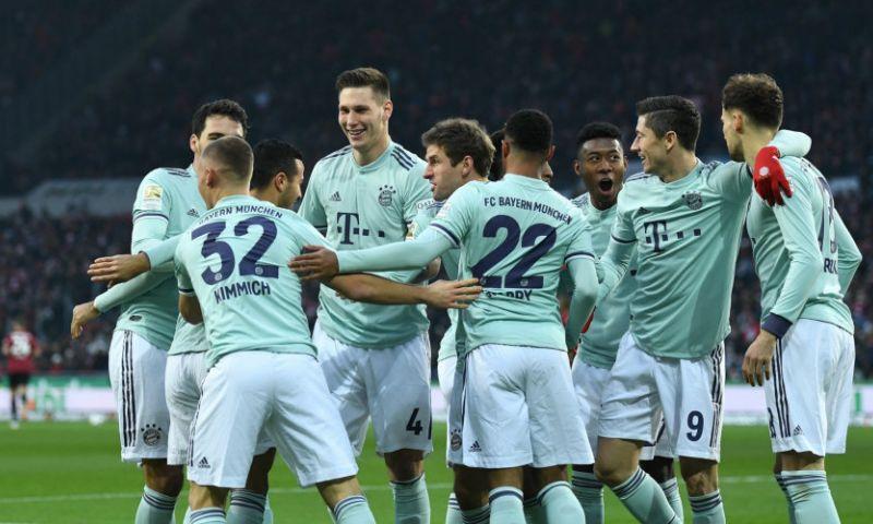 Afbeelding: Bayern heeft ideale middag na spectaculaire 3-3 tegen Ajax, Gladbach morst punten