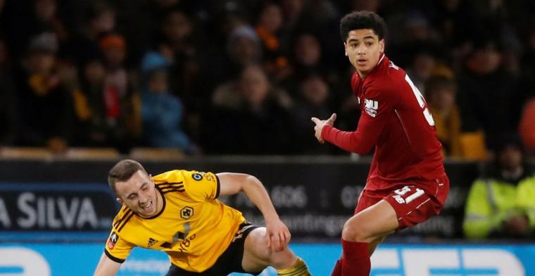 'Hoever (16) maakte indruk op Liverpool-training na duels met Salah'