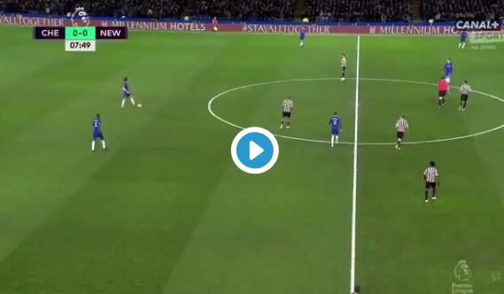 GOAL: Spits Hazard ziet Pedro subtiel afwerken na weergaloze assist van Luiz