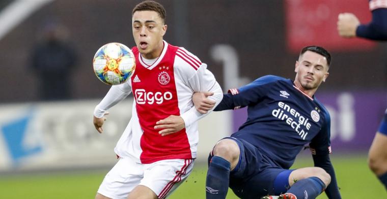 Ajax-talent (18) droomt: 'Probeer mijn debuut in het eerste mee te pakken'