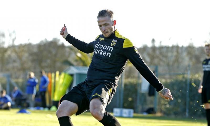 Afbeelding: De Gelderlander: Vitesse weigert bod en laat Büttner niet gaan