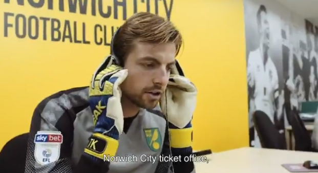 Grappend Norwich City zet Krul in op kantoor: How can I help you?