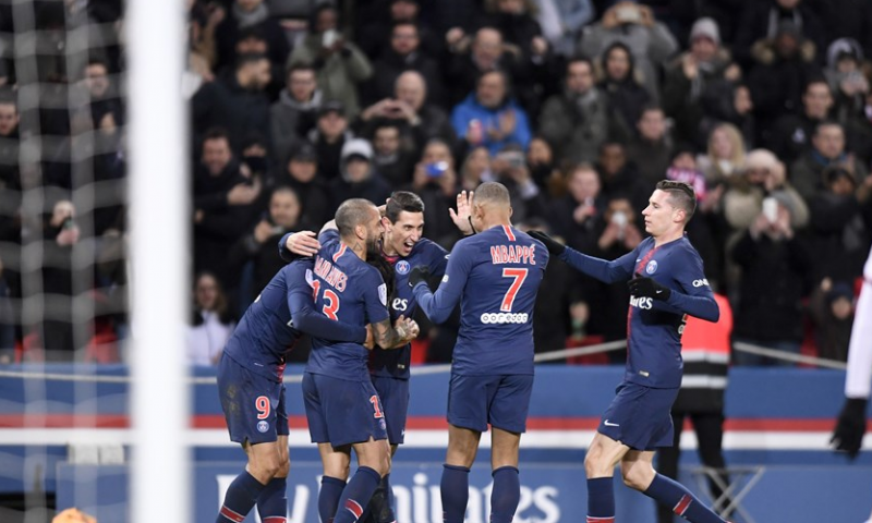 Afbeelding: Paris Saint-Germain komt na rust los en wint dankzij Mbappé, Cavani en Di Maria