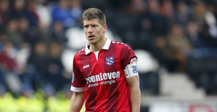 Transfervrije Schaars bood zich aan bij Vitesse: 'Dat verraste me wel'