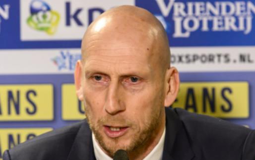 Update: 'Stam hoorde nog niets van Feyenoord en heeft andere dingen aan z'n hoofd'
