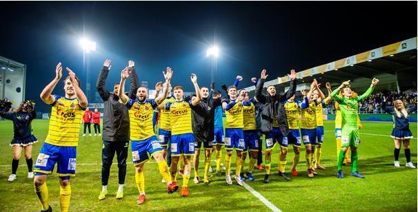 'Waasland-Beveren gaat rond de tafel zitten met Anderlecht en KAA Gent'