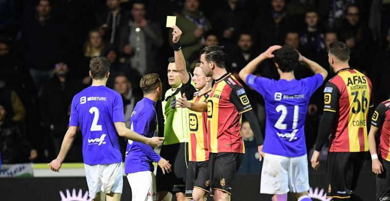 Van den Bergh afgevoerd naar ziekenhuis: Weet niets meer van rode kaart