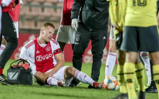 Afbeelding: De Boer te grote sta-in-de-weg: Jong Ajax verspeelt punten en verliest De Wit