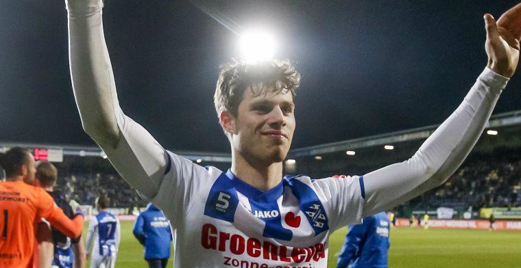 Voetbal International: Ajax richt vizier op Pierie, Scherpen-bod in de maak