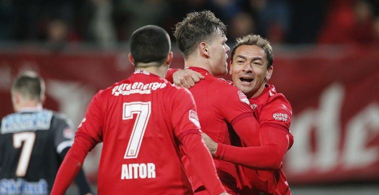 FC Twente dendert door richting titel; Bryan Smeets doet Ajax wéér pijn