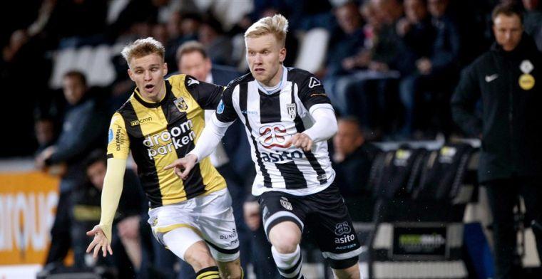 Vitesse buigt het hoofd na tumultueus duel: Heracles profiteert van overtal
