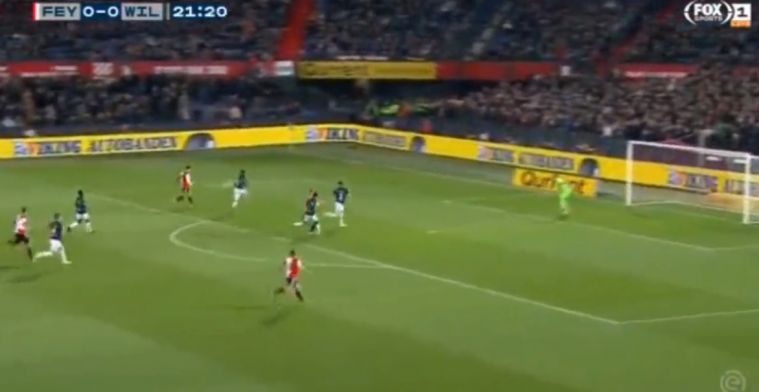 Juweeltje in Nederland: schitterend lobdoelpunt bij Feyenoord