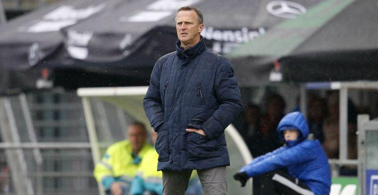 Van den Brom gepasseerd door topclubs: 'Zou hem eerder kiezen dan Stam'