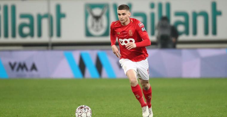 'Standard ziet sterkhouder Marin vertrekken, Ajax haalt Roemeen'