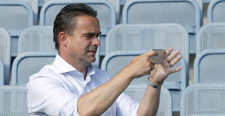 Overmars: 'Er zit een maar aan, wij gaan niet te veel spelers van Barça halen'