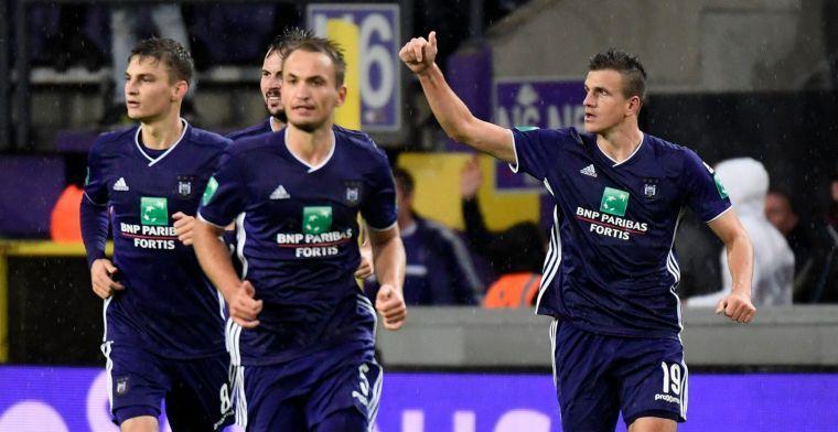 'Liefst elf spelers, waarvan zes zomertransfers, komen te kort voor Anderlecht'