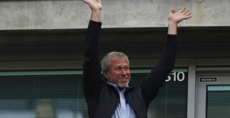 Update: 'Abramovich gaat geen gesprekken aan en wil Chelsea niet verkopen'