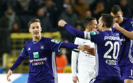 Afbeelding: 'Anderlecht geeft de jeugd een kans, maar KAA Gent en STVV scoren slecht'